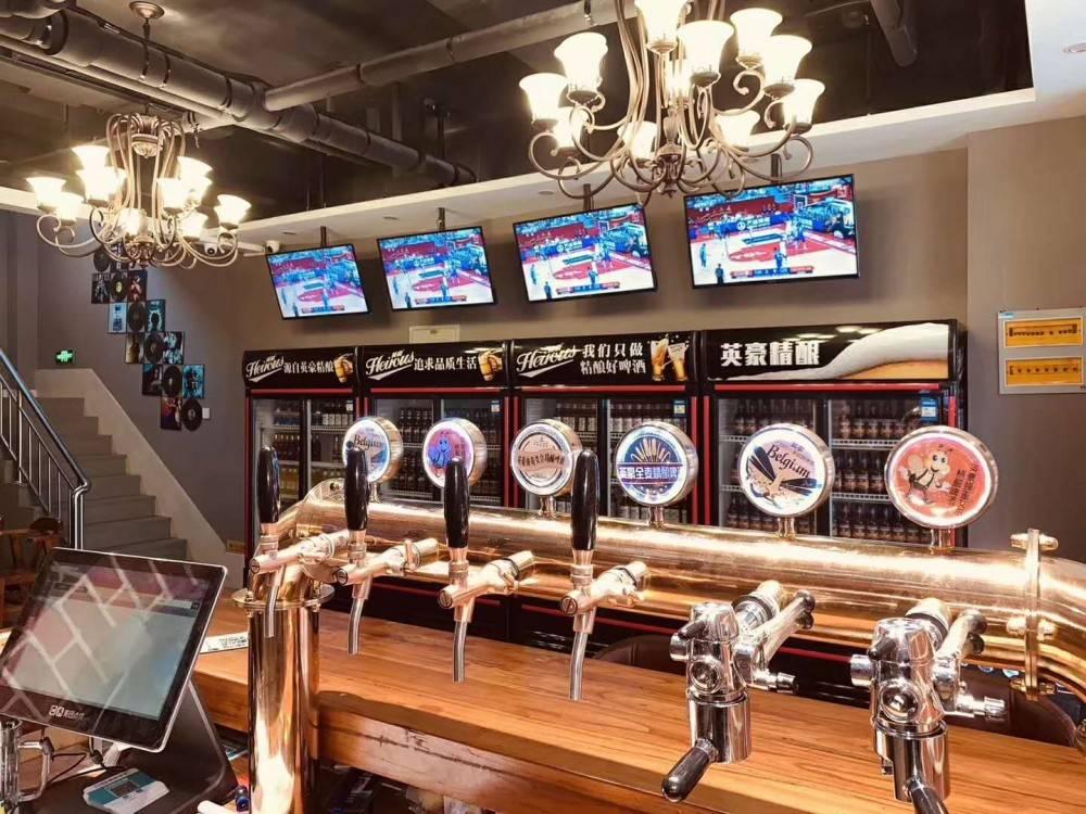 加盟精酿啤酒屋-如何加入老包精酿啤酒屋-大麦丫-精酿啤酒连锁超市,工厂店平价酒吧免费加盟