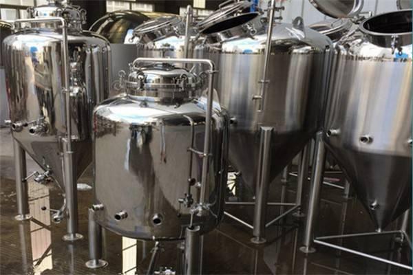 宿迁精酿啤酒设备制造-一套精酿啤酒设备多少钱?-大麦丫-精酿啤酒连锁超市,工厂店平价酒吧免费加盟