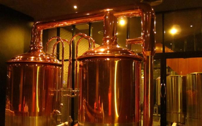 小型精酿啤酒设备多少钱(影响价格的几个因素)-大麦丫-精酿啤酒连锁超市,工厂店平价酒吧免费加盟