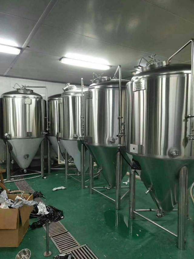 西安精酿啤酒设备-哪种精酿啤酒设备更专业?-大麦丫-精酿啤酒连锁超市,工厂店平价酒吧免费加盟