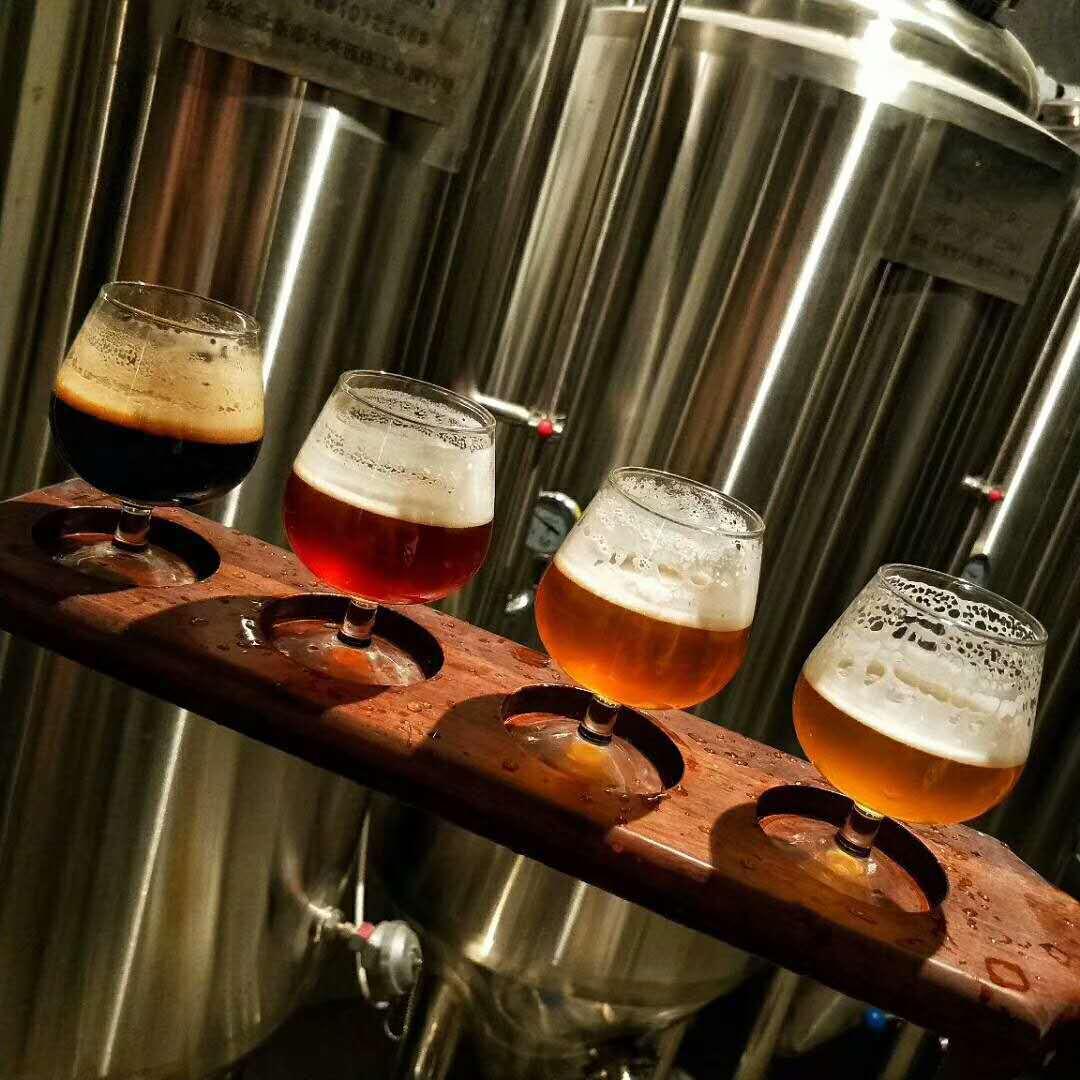 啤酒设备精酿多少钱-一台小型精酿啤酒设备多少钱?-大麦丫-精酿啤酒连锁超市,工厂店平价酒吧免费加盟