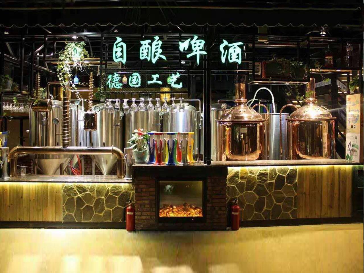 重庆哪里有精酿啤酒设备报价-精酿啤酒机多少钱一台?谁知道最新的精酿啤酒-大麦丫-精酿啤酒连锁超市,工厂店平价酒吧免费加盟