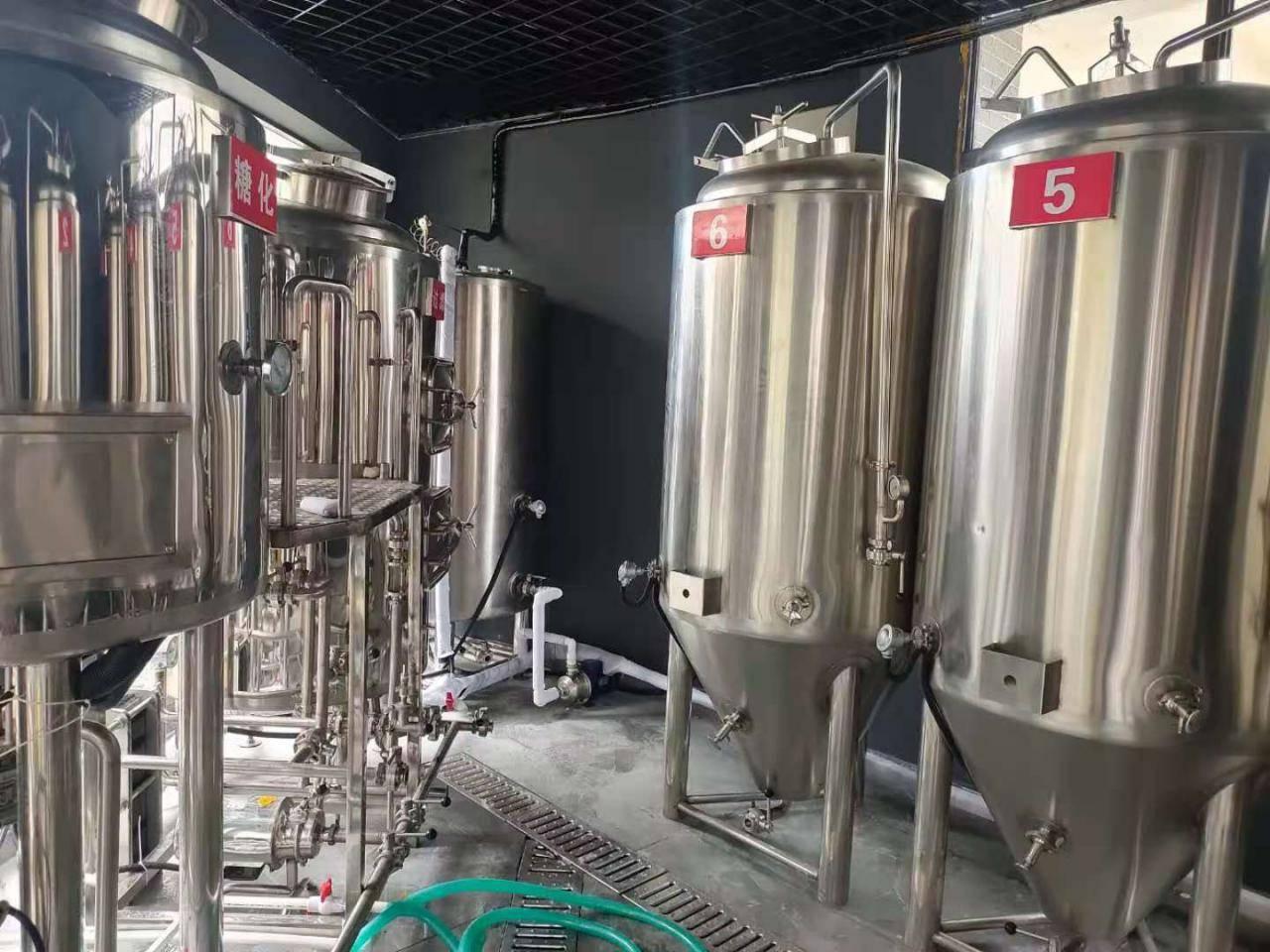 温州1000l精酿啤酒设备-一套精酿啤酒设备多少钱?-大麦丫-精酿啤酒连锁超市,工厂店平价酒吧免费加盟