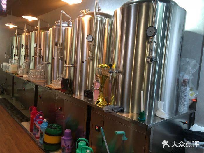 赞啤精酿啤酒设备-精酿啤酒设备公司做的更好,推荐一下,非常感谢-大麦丫-精酿啤酒连锁超市,工厂店平价酒吧免费加盟
