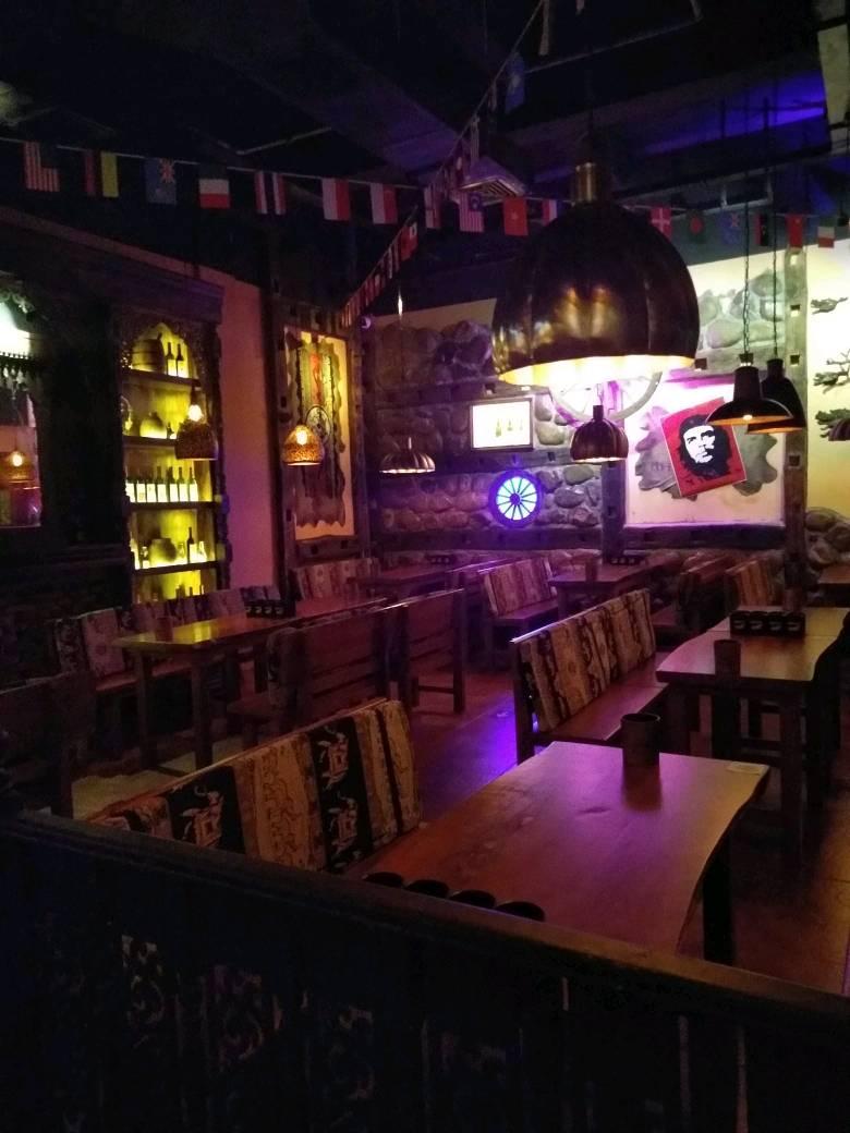 海伦司小酒馆加盟官网-全国有多少家餐厅-大麦丫-精酿啤酒连锁超市,工厂店平价酒吧免费加盟