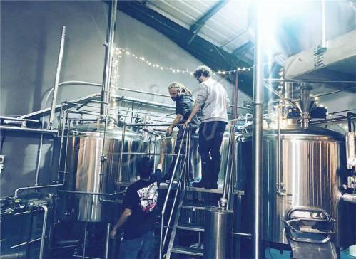 山东最大的啤酒设备厂-山东有哪些精酿啤酒厂家?哪个最大?-大麦丫-精酿啤酒连锁超市,工厂店平价酒吧免费加盟