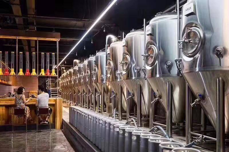 小型精酿啤酒设备机器-精酿啤酒需要什么设备,-大麦丫-精酿啤酒连锁超市,工厂店平价酒吧免费加盟