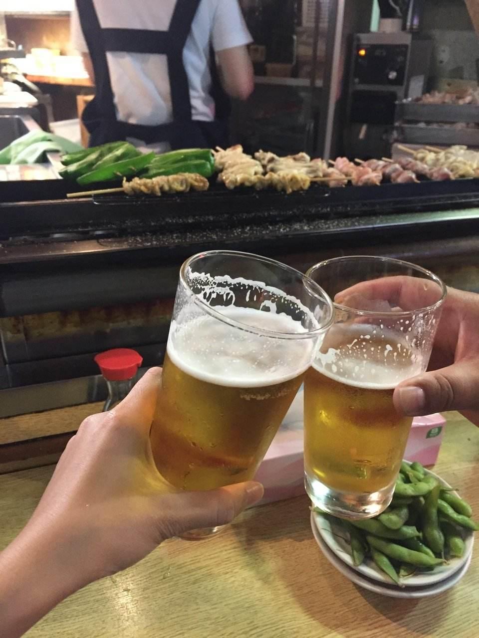 白酒还是啤酒-为什么白酒和啤酒更容易醉-大麦丫-精酿啤酒连锁超市,工厂店平价酒吧免费加盟