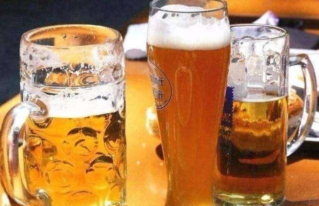代理啤酒会亏吗-想做啤酒代理,不知道需要什么条件。购买商品就够了吗?有-大麦丫-精酿啤酒连锁超市,工厂店平价酒吧免费加盟