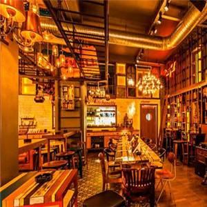 小酒吧加盟店排行榜-酒吧市场越来越火,如何加盟小酒吧-大麦丫-精酿啤酒连锁超市,工厂店平价酒吧免费加盟